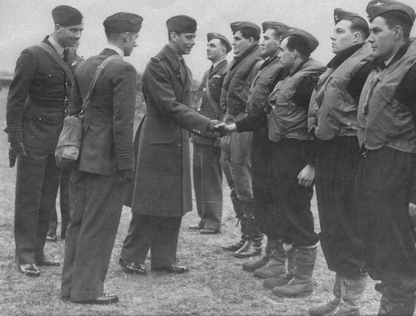 46 Squadron pilots meet the King 1939